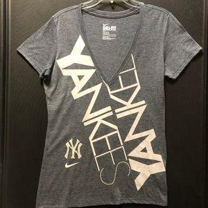 NY Yankees Nike Dri Fit V Neck Women's Top Size L